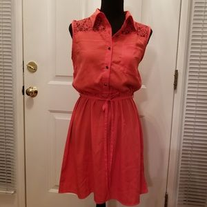 NWT Sleeveless Lace Top Dress